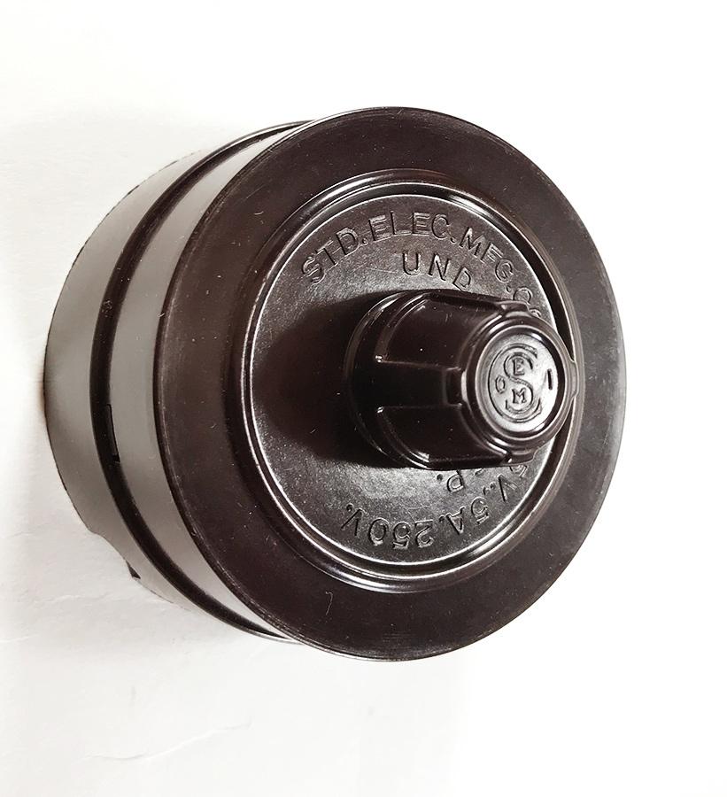 【デッドストック!】1930'sアンティークスイッチ/壁付け/ビンテージ/デスクライト/店舗什器/ペンダントライト/照明/gras/o.c.white/壁_画像4