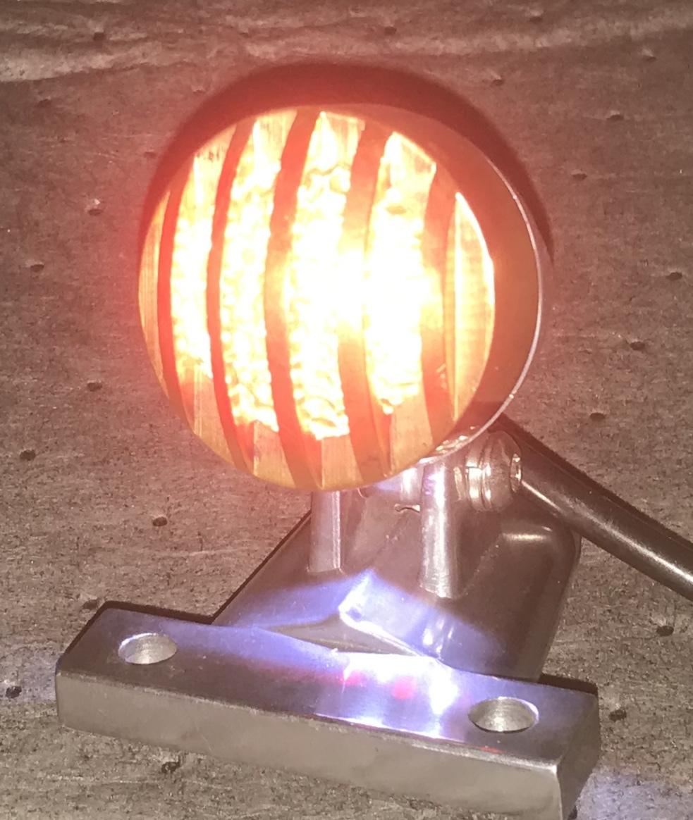クラシックテールランプ 12V 二輪車テールランプ バイク用 汎用 チョッパー ボバー アメリカン ハーレー カスタムパーツ _画像2