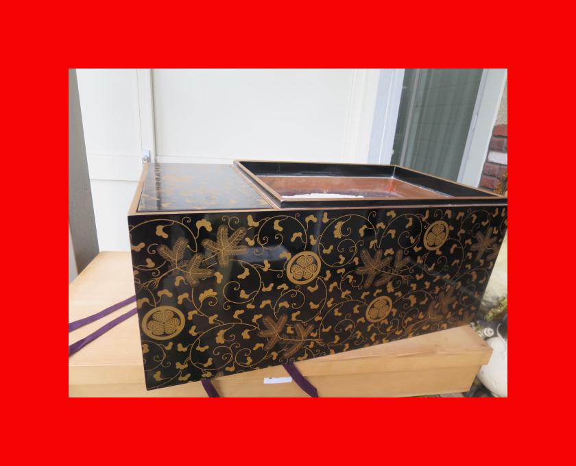 :【古都京都】「葵紋蒔絵長火鉢D-182」家具・民具・調度品.蒔絵・置物・時代箪笥〝家〟_状態良いものです。