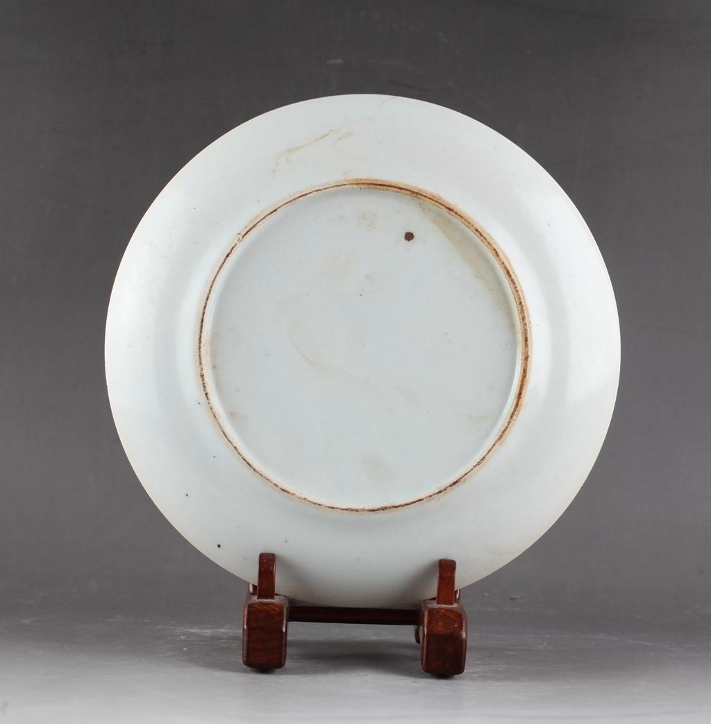 中国 清時代 古染付 青花 花図皿 !直径20.8 cm、高さ1.8cm _画像8