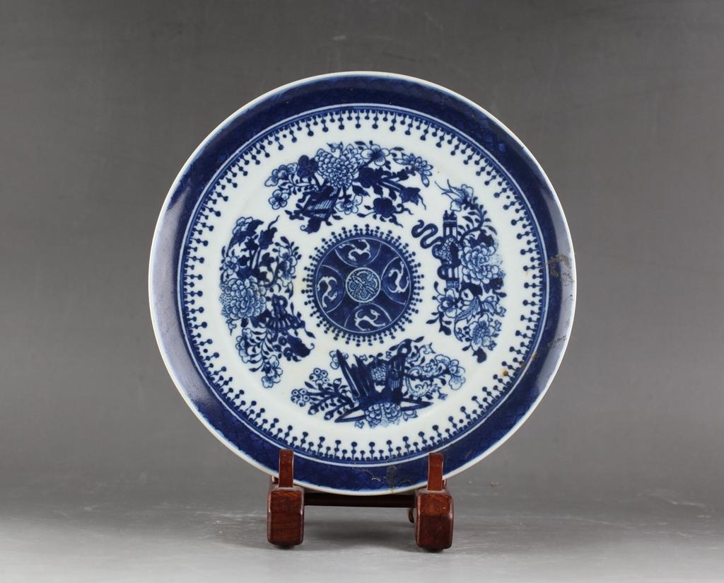 中国 清時代 古染付 青花 花図皿 !直径20.8 cm、高さ1.8cm _画像4