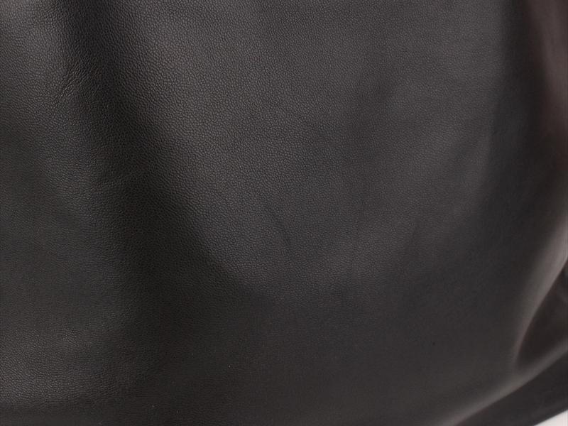 ☆FENDI【フェンディ】トートバッグ☆レザー☆ブラック×ブラウン☆ロゴ☆黒☆A4☆通勤通学☆ショルダー☆メンズOK☆_画像3