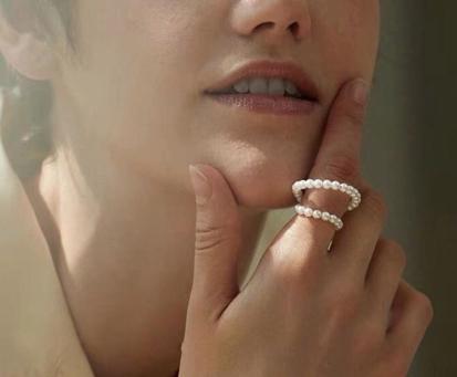 H0067:ビーズ 真珠のクリップイヤリング ピアス ミニマリスト 耳カフホット_画像4