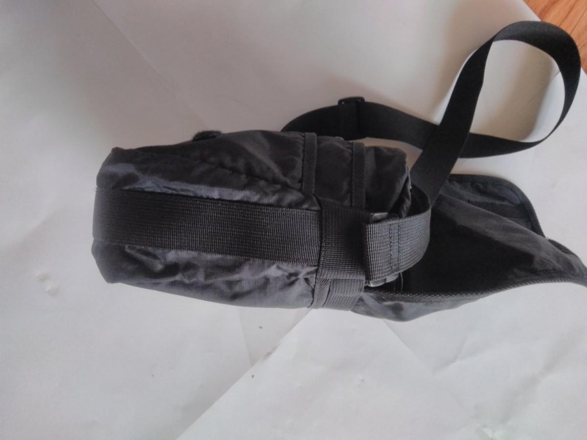 ユニセックス 使いやすい ポケットたくさん 小さめショルダーバッグ
