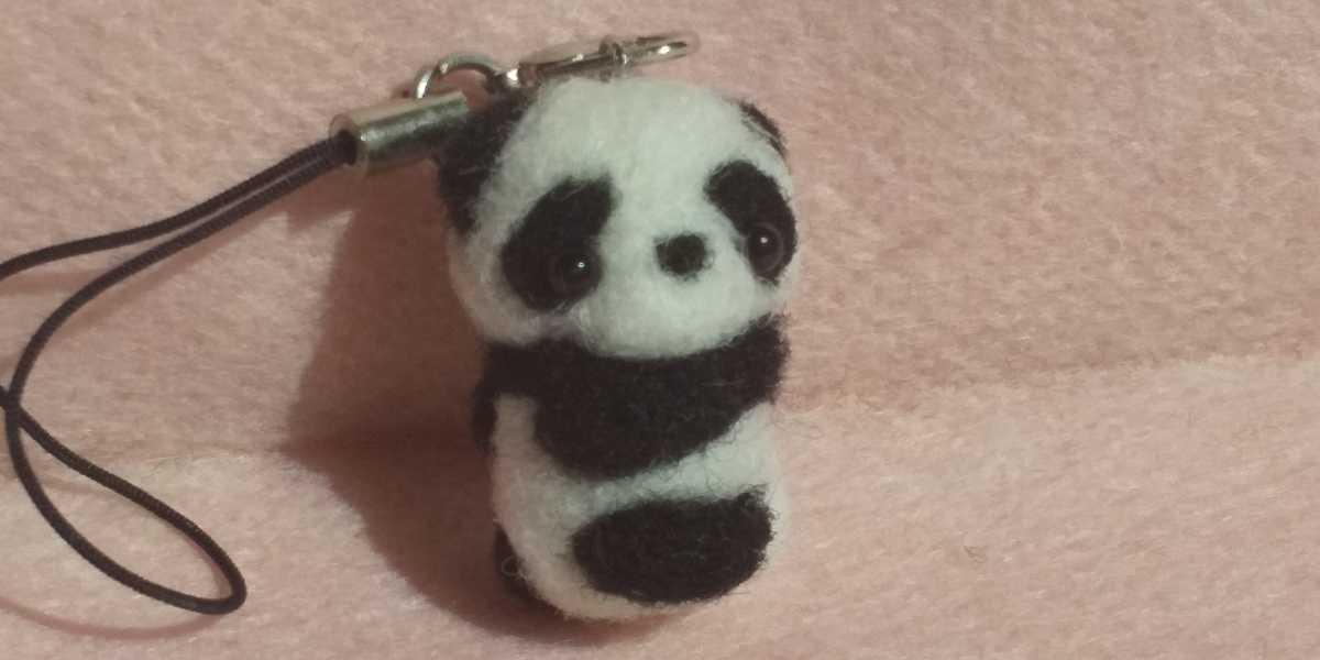 羊毛フェルト ハンドメイド パンダ 赤ちゃん ストラップ_画像2