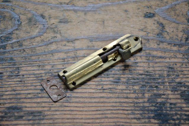 NO.7411 古い真鍮鋳物の丸落し 91mm 検索用語→A50gアンティークビンテージ古道具真鍮金物観音扉建具ドア_画像1
