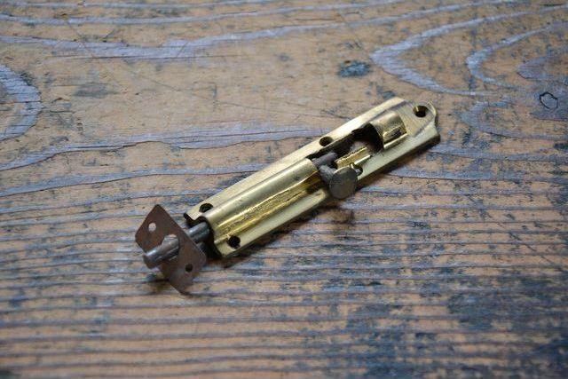 NO.7411 古い真鍮鋳物の丸落し 91mm 検索用語→A50gアンティークビンテージ古道具真鍮金物観音扉建具ドア_画像2