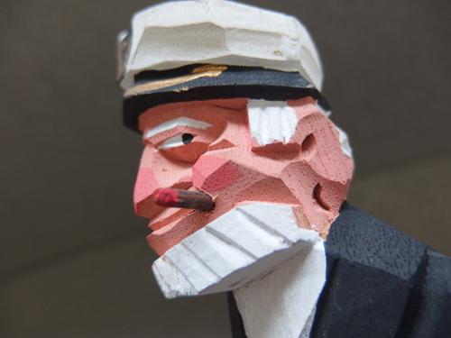 300148s【木彫り 船長 置物】男性/煙草をくわえる人/H31cm/中古品_画像4