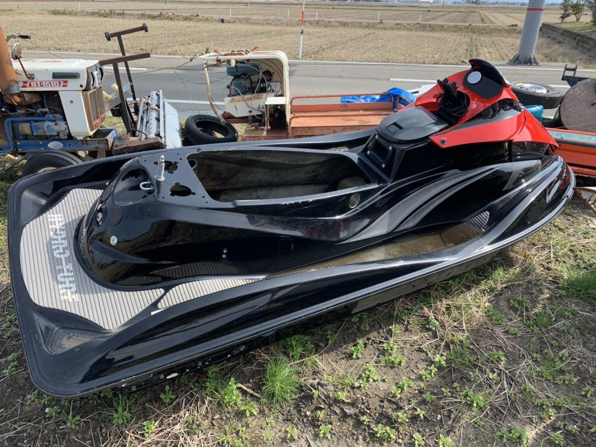 ジェットスキー SEADOO 外装のみ 新潟県燕市にあり 引き取り_画像6