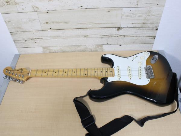 S5188 Squier by Fender. STRATOCASTER MADE IN JAPAN 現状品