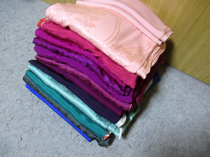 170 color tomesode wear undershirt 綸子(地紋 into 錦紗)錦紗(一越縮緬), etc. for selling kimono remake one crafted to fill out the pictures 市松人形 木目込人形 sack, etc.