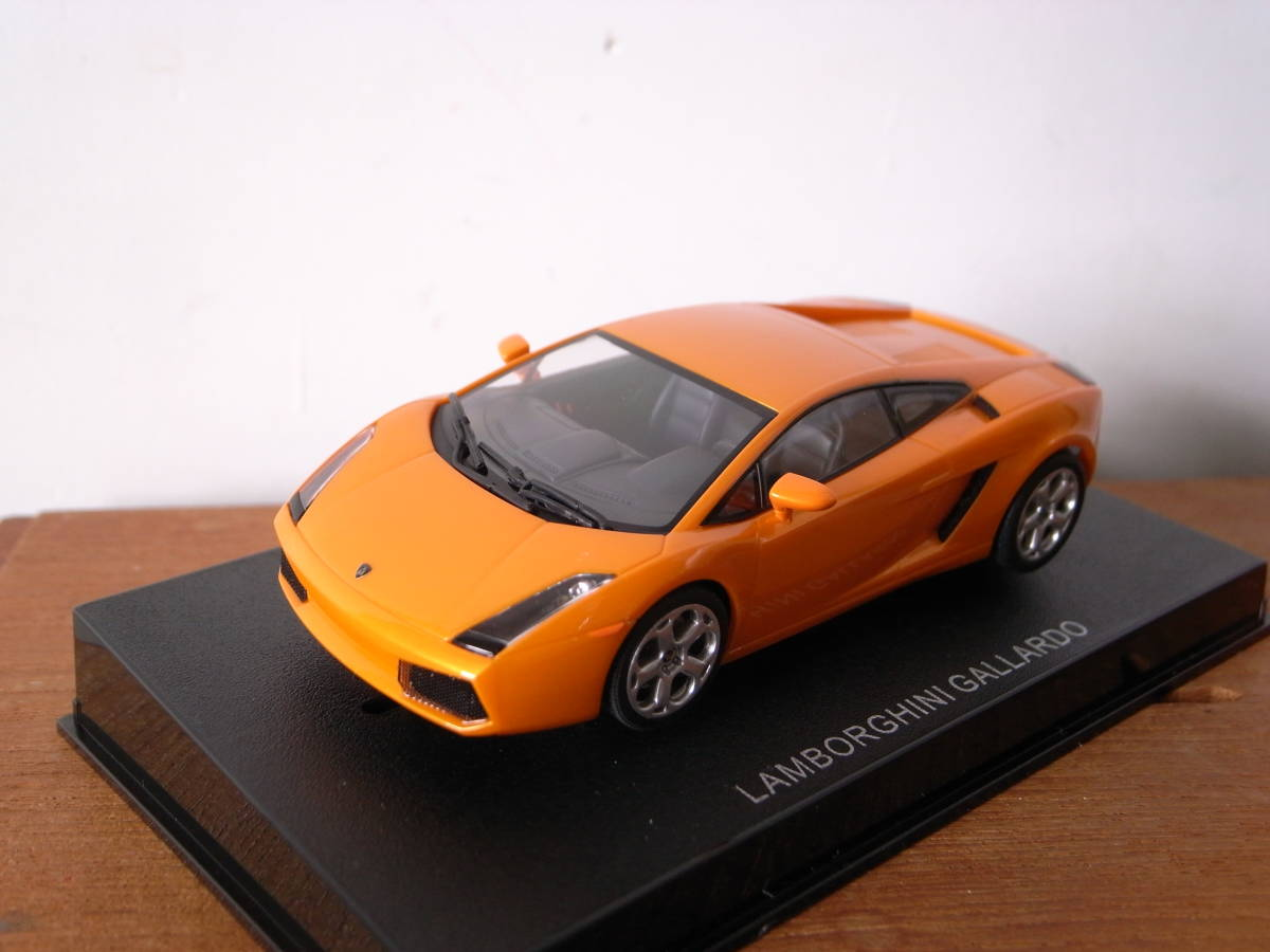 1/32 AUTOart LAMBORGHINI GALLARDO ランボルギーニ オレンジ