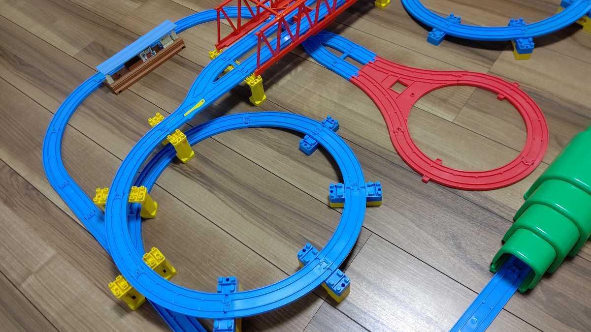 プラレール Wループに、トンネル、Uターンレールなど_画像4