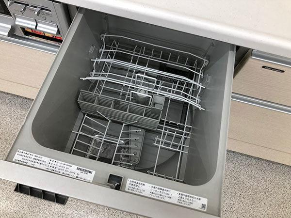 N4082【展示未使用品】タカラスタンダード 高級システムキッチン/ビルトインコンロ/食洗機/レンジフード/150万_画像7
