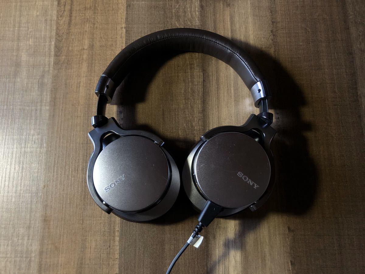 ソニー ヘッドホン MDR-1ADAC ハイレゾ対応 USB DAC搭載 密閉型 折りたたみ式 ケーブル着脱式SONY iphone シルバー_画像1