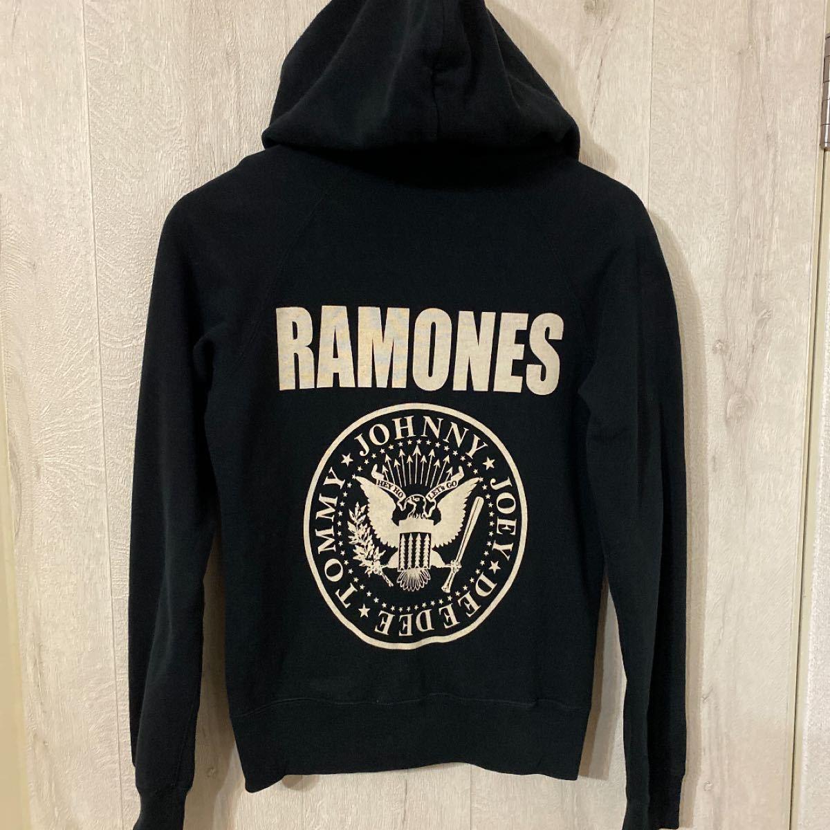ヒステリックグラマー RAMONES パーカー