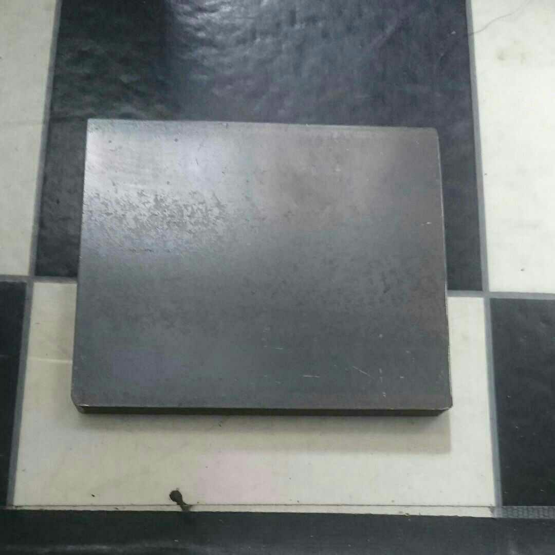 ソロバーベキュー鉄板9㍉ 200×120 最終値下げ