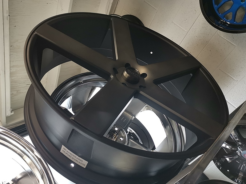 30インチ DUB BALLER S116 ブラックマシンド+スモーク 大径ホイール 30x10 5x127mm 4本タイヤセット ジープ JK JL ラングラー / ドンク_画像2
