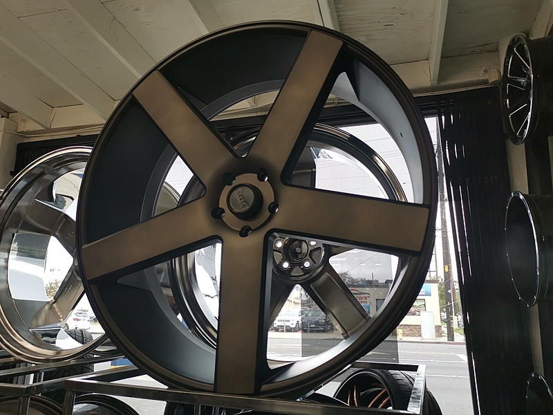 30インチ DUB BALLER S116 ブラックマシンド+スモーク 大径ホイール 30x10 5x127mm 4本タイヤセット ジープ JK JL ラングラー / ドンク_画像1