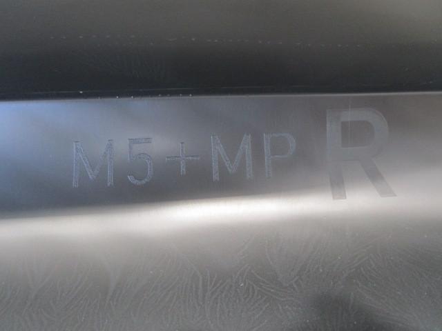 未使用品・未塗装品 BMW 5シリーズ E60 M5 純正 右サイドステップ 51777896838  『個人宅配不可・営業所留め要相談』_画像4