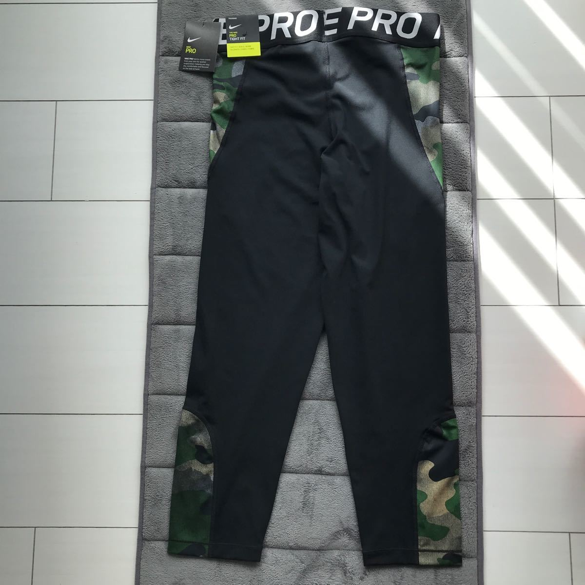 NIKE トレーニングウェア 新品 XLサイズ ブラック トレーニングタイツ