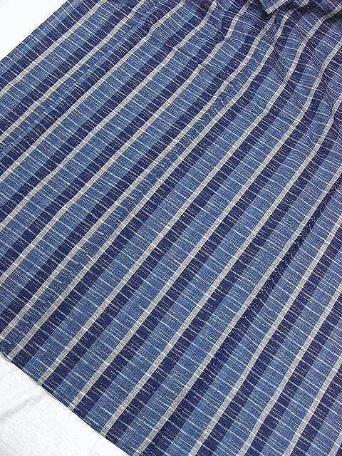 少し透ける 綿・麻シジラ織風 織の男ゆかた LLサイズ 紺色系縞柄 新品_画像3