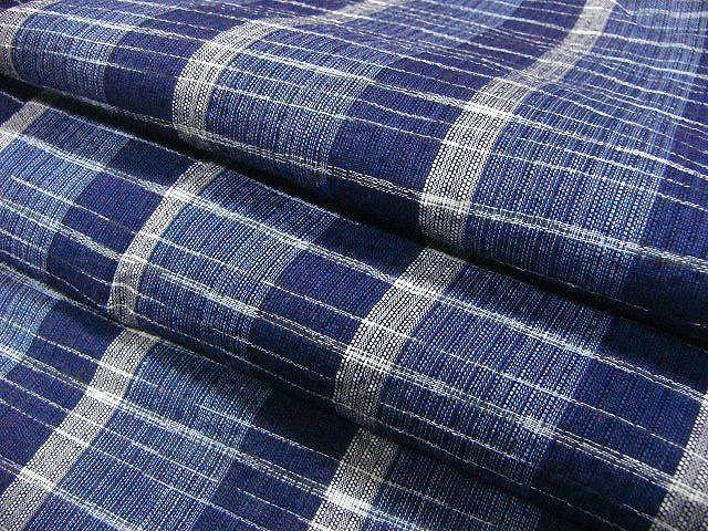 少し透ける 綿・麻シジラ織風 織の男ゆかた LLサイズ 紺色系縞柄 新品_画像6