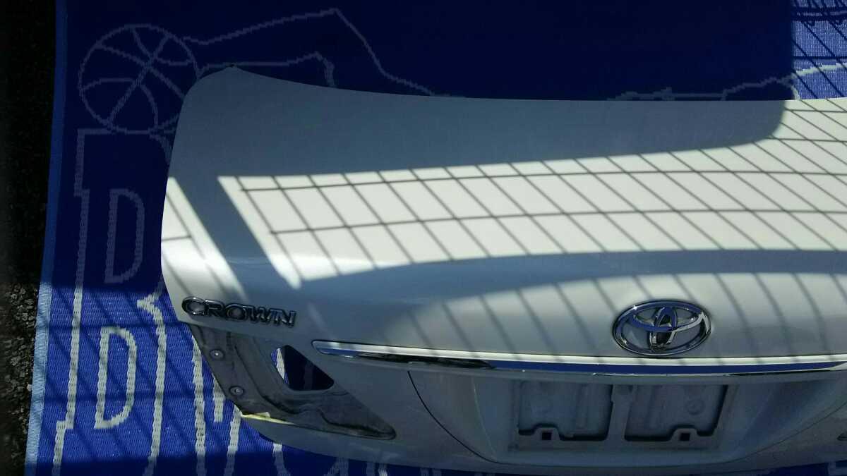 GRS200系 クラウン トランクパネル ロイヤル アスリート_画像3
