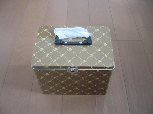 高級ラーメン収納ボックス 小物入れ 取っ手付き ブラウン 金属製 LIONFXロゴ入り 高さ約16cm 横幅約21cm 奥行き約15cm _画像2