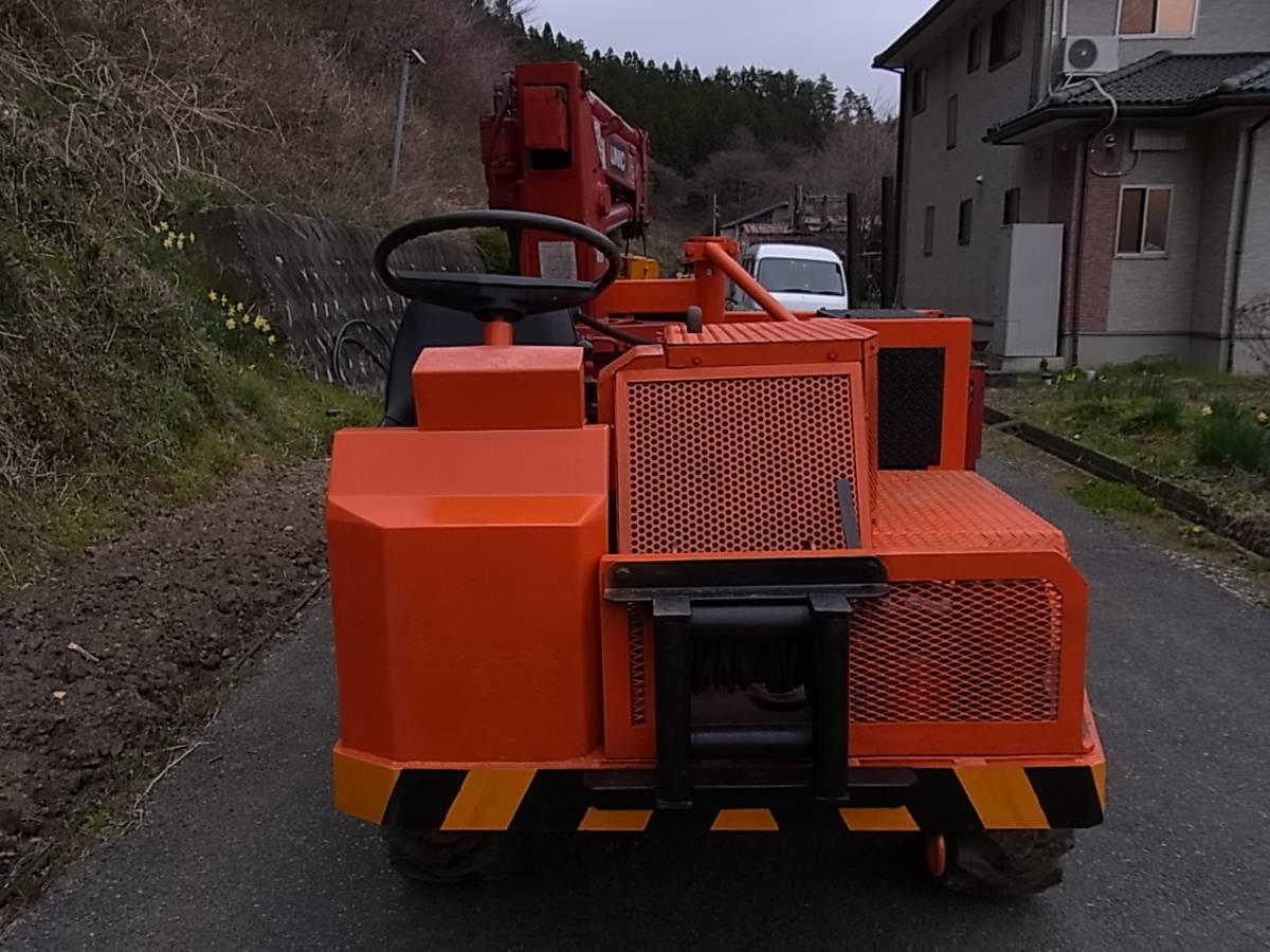 「リョウシン号 林業 運搬車 6輪駆動 クレーン ユニック ウインチ ディーゼル 集材車 木出し 山 木材 及川自動車」の画像2