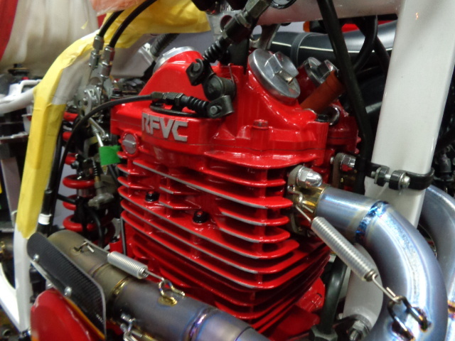 耐熱塗料 AREA  トップヒート  赤 CBX CBR  GP GS ホーク _画像3