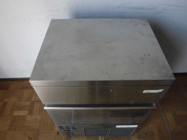 中古厨房 フクシマ 製氷機 バーチカルタイプ FIC-55KV1 2012年製 キューブアイス W630×D500×H850mm 製氷能力:約55/62Kg/日_画像2