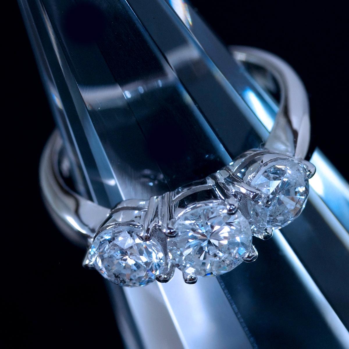 F1262 美しい大粒天然ダイヤモンド2.02ct 最高級Pt900無垢セレブリティリング サイズ12号 重量6.49g 縦幅5.9mm_画像3