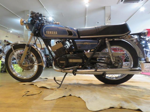 「□ 超希少 YAMAHA ヤマハ RD250 2st 青 250cc 19817km ビンテージ 実動! 1975 2スト バイク 札幌発」の画像2