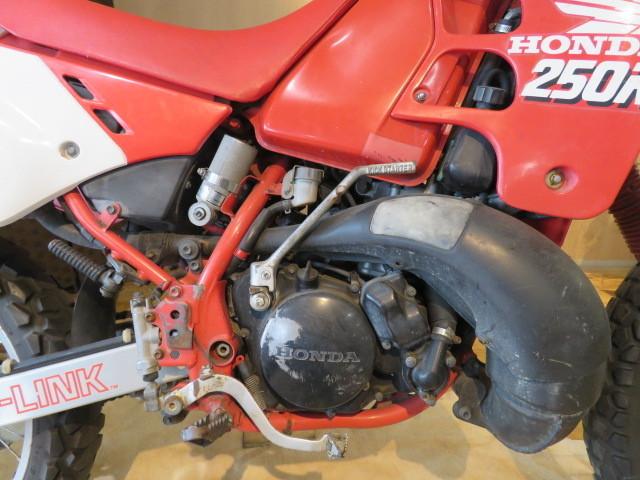 □HONDA ホンダ CRM250R 赤 21611km 250cc モトクロス 2スト 実動 初期型 バイク 札幌発_画像10