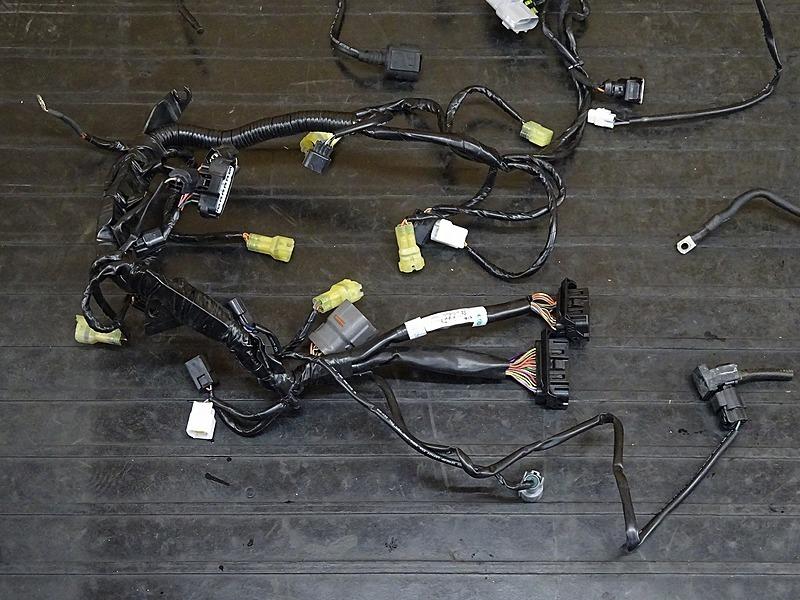 【000A】KTM 1190 アドベンチャー '16■ メインハーネス ヒューズボックス 【ADVENTURE_画像2