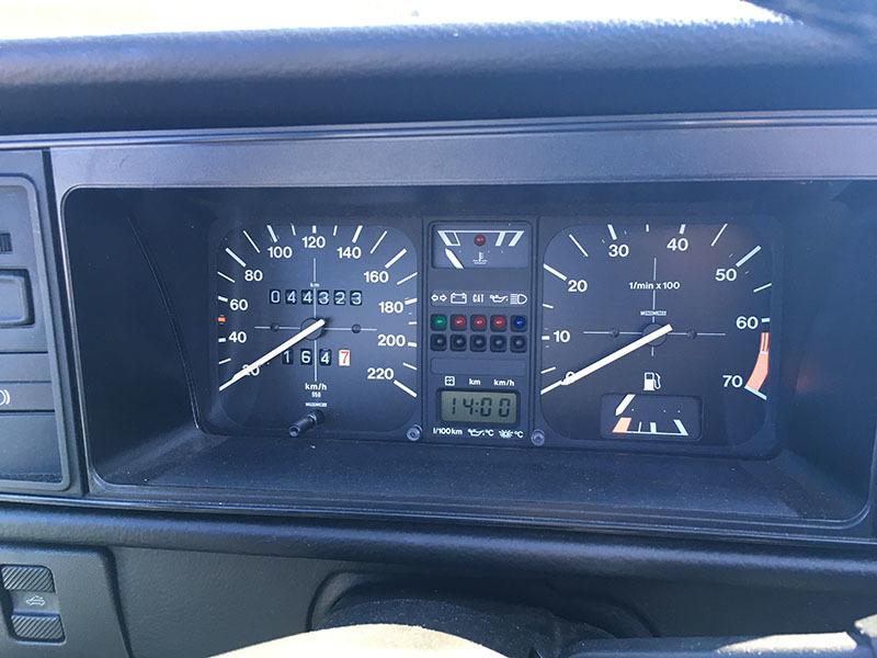 【大幅値下】VW ゴルフIカブリオレ 1992年式 低走行4万km台 電動オープン 2灯グリル 幌張替え済み GOLF ワーゲン 状態良好_画像7