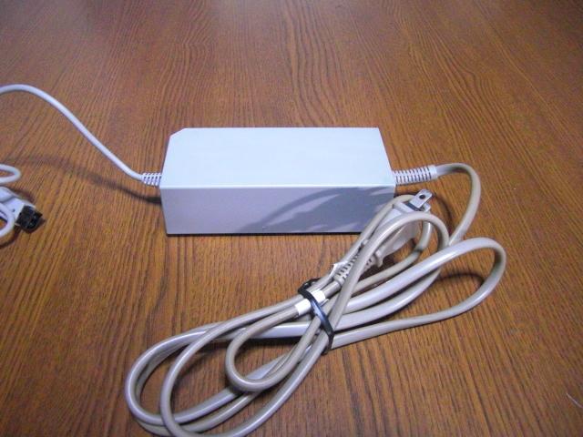AC052【送料無料 動作確認済】Wii ACアダプター RVL-002  NINTENDO 任天堂 純正