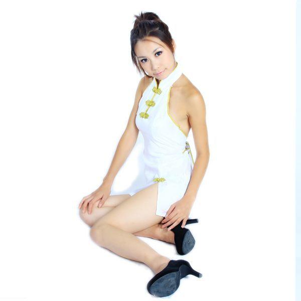 送料無料bb6ミニチャイナドレスコスチューム 背中はパックリ開き 体のラインを綺麗かつセクシーに魅せて着痩効果抜群チャイナ コスプレ衣装_画像2