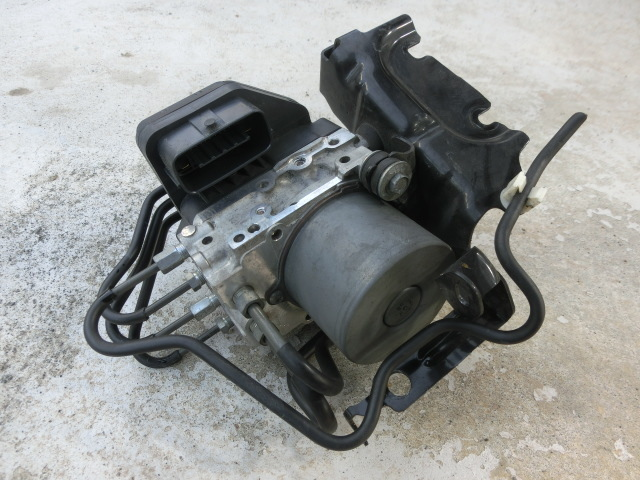 アテンザ  ABS 平成25年 DBA-GJ5FW アクチュエーター ブレーキ ユニット 133800-5670 ワゴン25S-Lパッケージ   ii_画像1