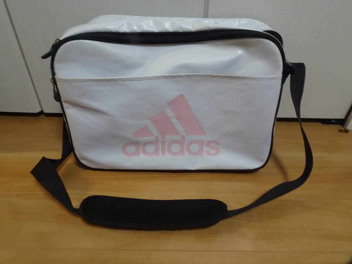 【鞄】アディダス バッグ Mサイズ ホワイト ピンク スポーツバッグ adidas ショルダーバッグ かばん_画像1