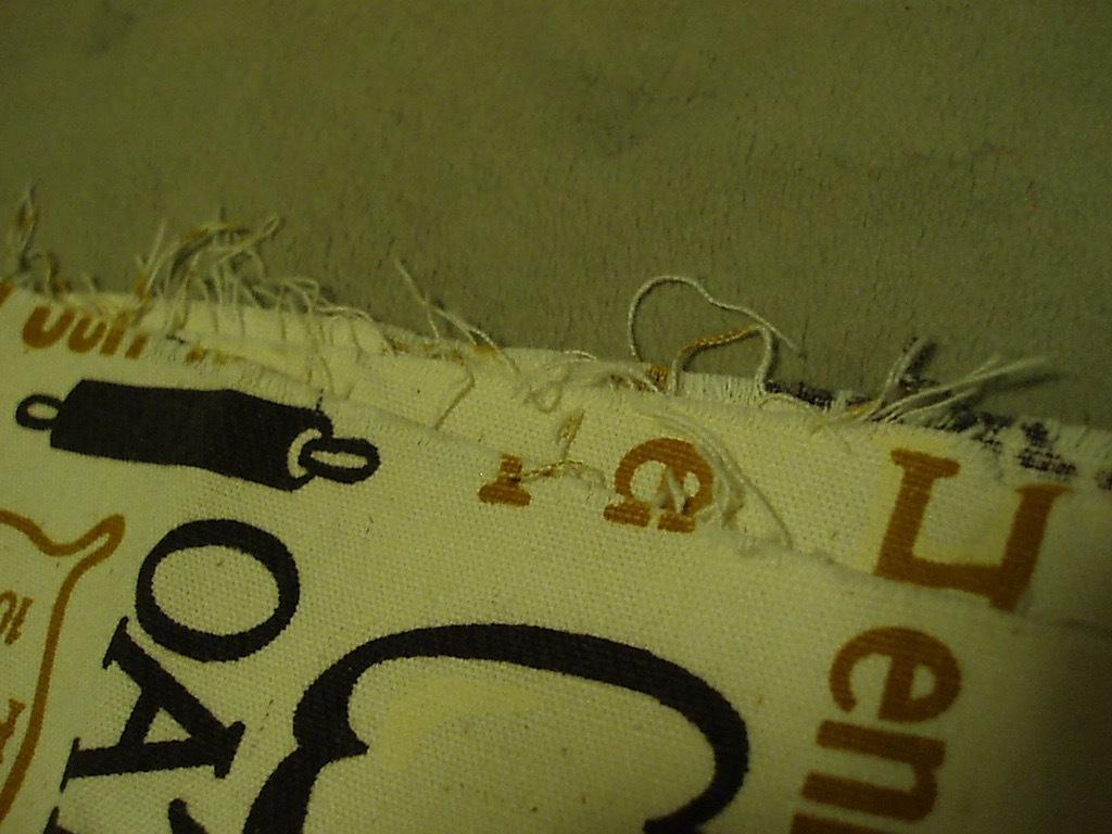 ●パン総柄プリント ビンテージ生地 52cm×114cm USA製 アンティーク リメイク はぎれ シーツ アメリカ 布 雑貨_画像7