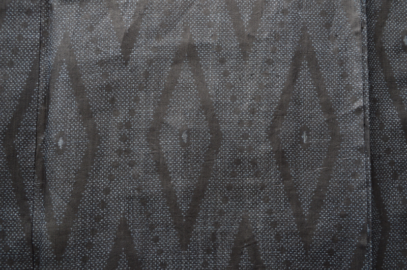 2Fきもの◆宮古上布 逸品 希少 手織り 琉球藍 砧打ち 18ヨミ 苧麻 手績み 手結い 151,5cm たて菱文様 広衿 夏 単衣 送料無料(01-05-018) _画像5