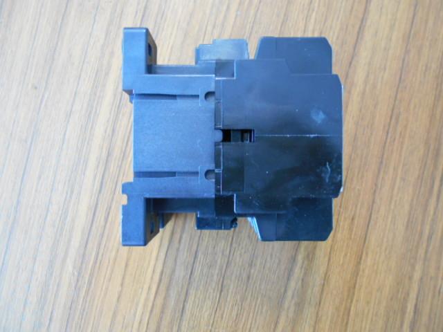 標準形電磁接触器 富士電機 SC-N1 SC25BAA (中古品)_画像4