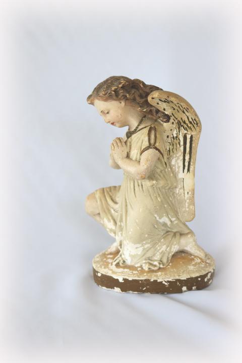 ■ ニーリング・エンジェル/お祈り天使、のアンティーク石膏像 B ■_画像1