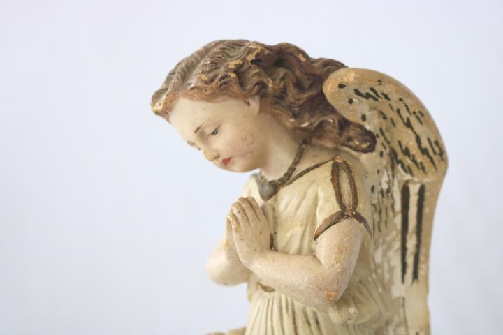■ ニーリング・エンジェル/お祈り天使、のアンティーク石膏像 B ■_画像6