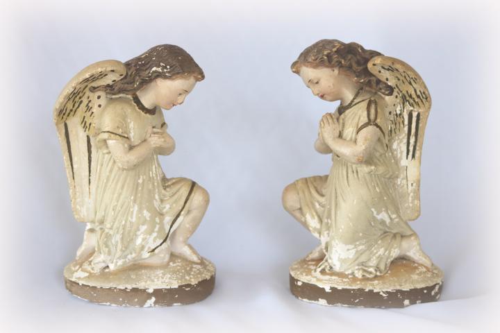 ■ ニーリング・エンジェル/お祈り天使、のアンティーク石膏像 B ■_他にも出品しています。