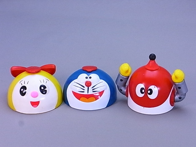 #45-9【日本栄養食品】ドラえもん・ドラミちゃん・8ちゃんのふりかけ容器のふた3個セット_画像1