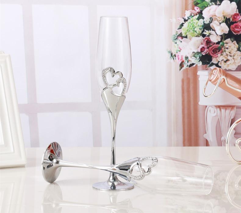 おうちで乾杯☆シャンパングラス2ピース フルート ワイン ギフト プレゼント 結婚 記念日 おしゃれ ハート ラインストーン シルバー DD352_画像3