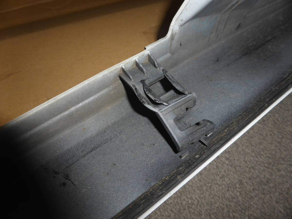 ★ホンダ N-BOXカスタム 現行2019年式車両 JF3/JF4 左側(助手席側)純正 サイドステップ サイドスカート プラチナホワイトパール NH883P _画像6